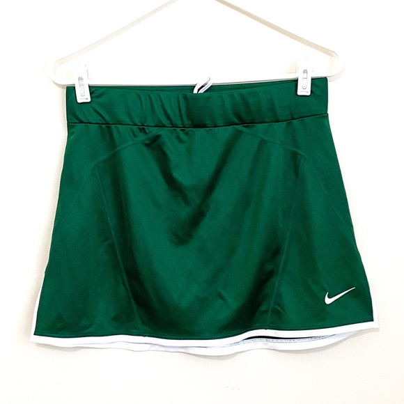 NWT NIKE LCROSE Green Drawstring Athletic Skirt